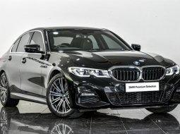 Dijual Cepat BMW 3 Series 330i 2019 di Depok