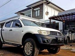 Kalimantan Barat, Mitsubishi Triton 2014 kondisi terawat