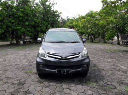 Jual mobil bekas murah Daihatsu Xenia R STD 2012 di Jawa Timur