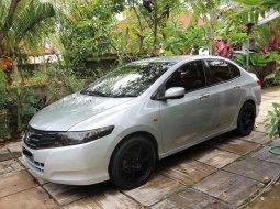 Mobil Honda City 2010 VTEC dijual, Bali