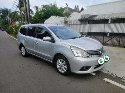 Mobil Nissan Grand Livina 2014 XV terbaik di Jawa Barat