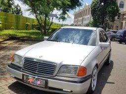 Mobil Mercedes-Benz C-Class 1997 C250 AMG terbaik di Jawa Barat