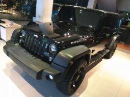 Mobil Jeep Wrangler 2014 Sport Renegade terbaik di Jawa Barat