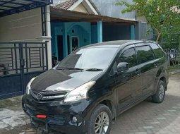 Jual mobil bekas murah Daihatsu Xenia R DLX 2013 di Jawa Timur