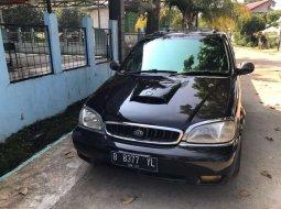 Jawa Barat, jual mobil Kia Carnival TD 2001 dengan harga terjangkau