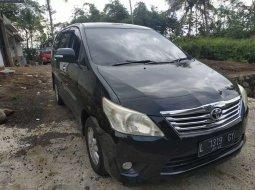 Mobil Toyota Kijang Innova 2012 V dijual, Jawa Timur