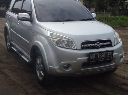 Dijual cepat Daihatsu Terios TX ADVENTURE matic 2010 di DIY Yogyakarta