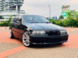 Dijual cepat BMW 3 Series 320i 1995 Good Condition, Tangerang Selatan