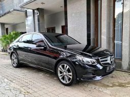 Dijual mobil Mercedes Benz E-Class E 250 Avangarde 2015 NiK 2014, DKI Jakarta