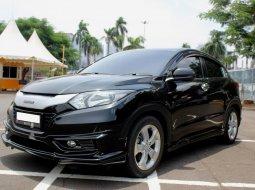 Dijual mobil Honda HR-V E 2016 Hitam Upgrade Mugen di DKI Jakarta