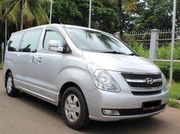 Jual mobil Hyundai H-1 XG Bensin Silver 2010 di DKI Jakarta