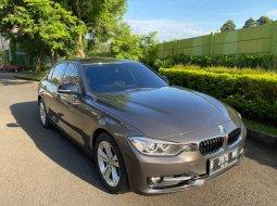 Jual Mobil BMW 3 Series 320i 2013 Terawat di Bekasi