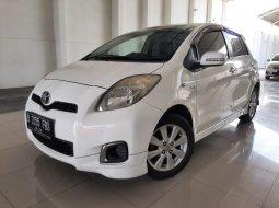 Dijual cepat Toyota Yaris E 2013 Bekasi