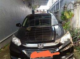 Jual cepat Honda HR-V E CVT 2016 di Jawa Timur