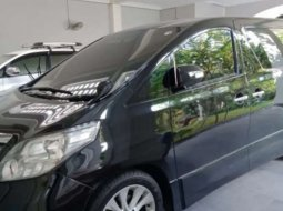 Mobil Toyota Alphard 2008 G dijual, Jawa Timur