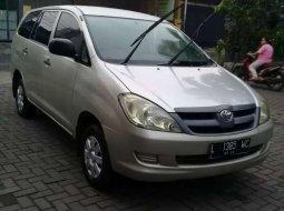 Jual mobil Toyota Kijang Innova E 2.0 2006 bekas, Jawa Timur