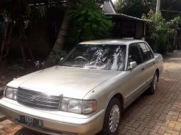 Jual mobil Toyota Crown Super Saloon 1996 bekas, Banten