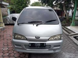 Jawa Timur, Daihatsu Espass 2005 kondisi terawat