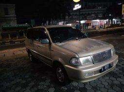 DKI Jakarta, Toyota Kijang LGX 2002 kondisi terawat