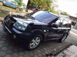 Jual mobil bekas murah Nissan X-Trail 2004 di Jawa Tengah