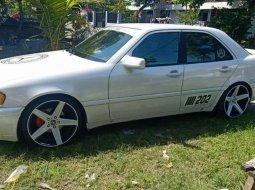 Mobil Mercedes-Benz C-Class 1995 C200 dijual, Jawa Timur