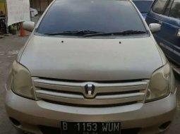 Dijual mobil bekas Toyota IST , DKI Jakarta