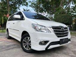 Jual mobil Toyota Kijang Innova V Luxury 2015 bekas, Jawa Timur