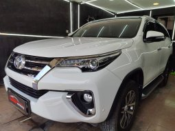 Dijual Cepat Mobil Toyota Fortuner 2.4 VRZ 2017 di DKI Jakarta