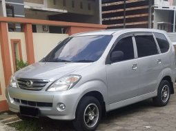 Jual cepat Daihatsu Xenia Li DELUXE 2005 di Jawa Tengah