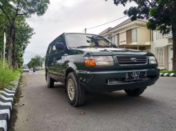 Mobil Toyota Kijang 1997 LSX terbaik di Jawa Timur