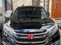 Bali, Honda CR-V 2.4 Prestige 2015 kondisi terawat