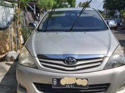Mobil Toyota Kijang Innova 2011 2.0 G dijual, Bali