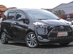 Jual Mobil Bekas Toyota Sienta V 2016 di Jawa Barat