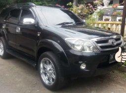 Mobil Toyota Fortuner 2008 G terbaik di Sumatra Utara