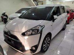 Toyota Sienta 2017 Jawa Timur dijual dengan harga termurah