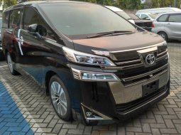 Dijual mobil Toyota Vellfire 2.5 G A/T 2020 di DKI Jakarta