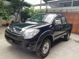 Dijual mobil Toyota Hilux E 3.0 2010 di Bekasi