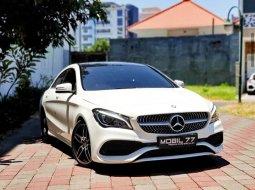 Dijual mobil Mercedes-Benz CLA 200 2016 di Jawa Timur