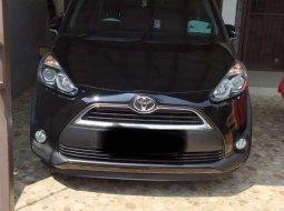 Mobil Toyota Sienta 2018 V dijual, Jawa Barat