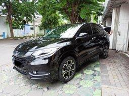 Dijual mobil bekas Honda HR-V E Prestige 1.8 2015 di Jawa Timur