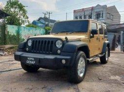 Jual Mobil Jeep Wrangler Rubicon CRD 2.8 2014 Bekasi