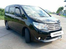 Dijual cepat Nissan Serena 2.0 X 2015 di Bekasi