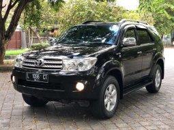 Jual cepat Toyota Fortuner G 2011 di Bali