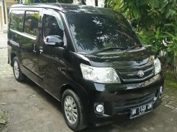 Mobil Daihatsu Luxio 2011 M dijual, Sumatra Utara