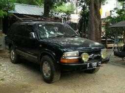 Jawa Barat, Chevrolet Blazer 2000 kondisi terawat