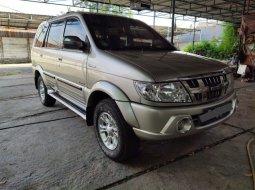 Jual Cepat Isuzu Panther GRAND TOURING MT 2012 di Bekasi