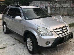 Mobil Honda CR-V 2006 2.0 terbaik di DKI Jakarta