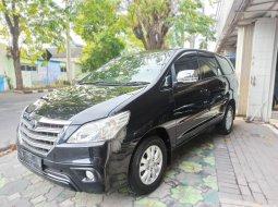 Dijual cepat mobil Toyota Kijang Innova G 2.0 Automatic 2014, Jawa Timur