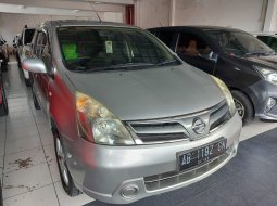 Dijual mobil Nissan Grand Livina SV Manual 2013 di DIY Yogyakarta