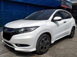 Dijual cepat mobil Honda HR-V E Prestige 1.8 at 2015 di Bekasi